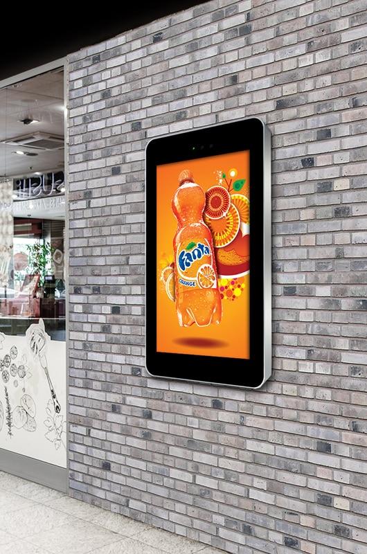 écran publicitaire extérieur