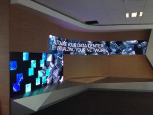 Écran LED interieur courbe Alcatel Paris