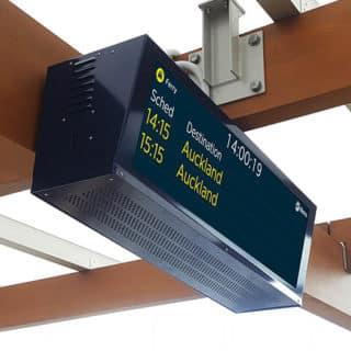 Ecran haute luminosité quai de gare