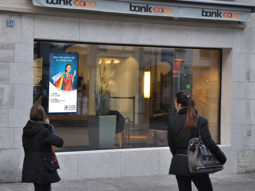 Ecran vitrine pour banque