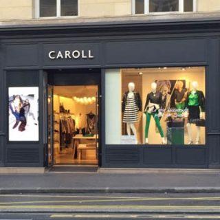 Ecran en vitrine boutique Carolll à Paris