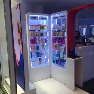 Design de l'ecran led vitrine pour Shampoo