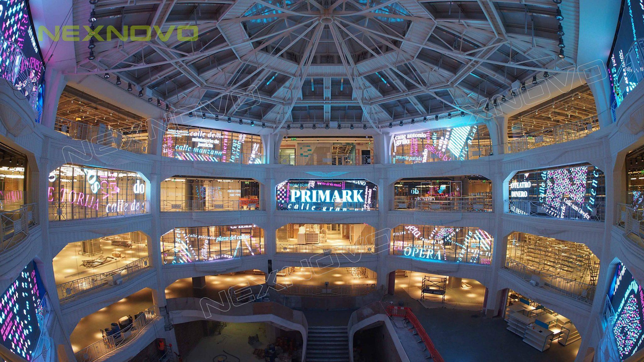 ecran led transparent centre commercial