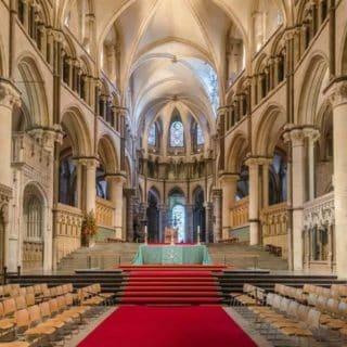 Colonnes sonorisation église