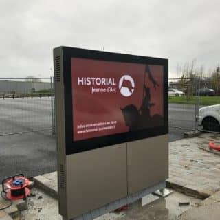 Borne LCD à Rouen