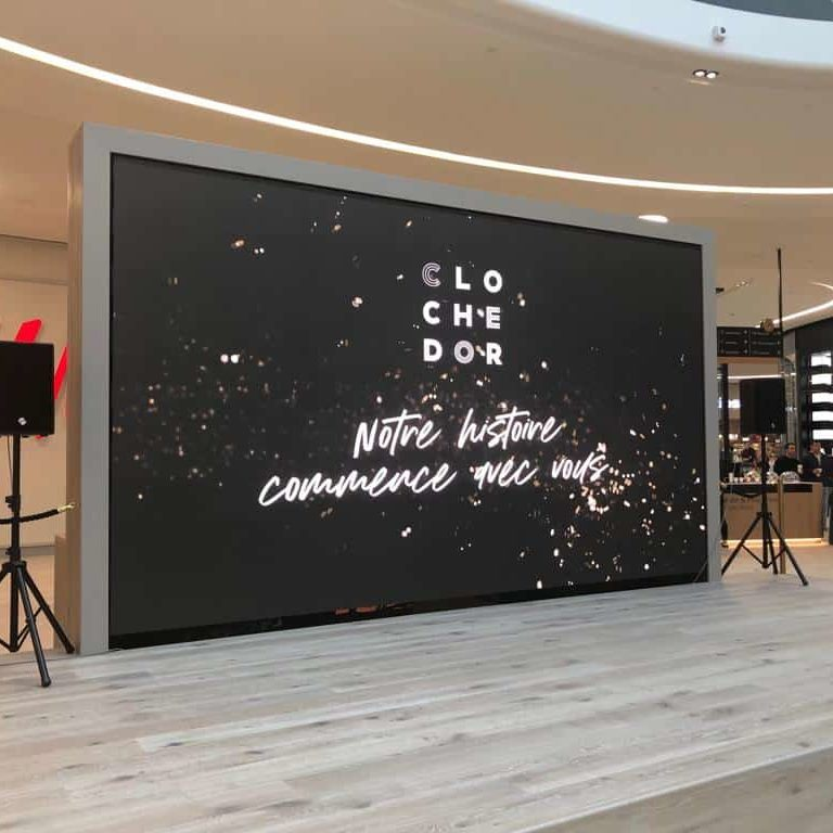 Mur LED centre commercial luxembourg