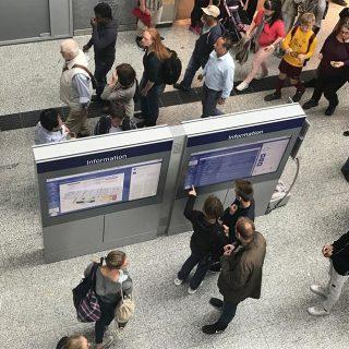 Afficheur d'informations en gare