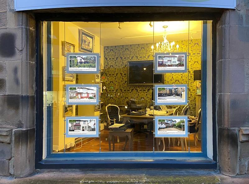 Ecran dynamique pour agence immobilière