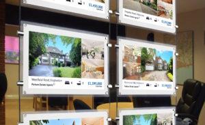 ecran specifique a l'utilisation en agence immobiliere