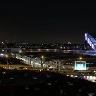 Paris vue de nuit tour eiffel pendrillons